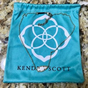 Kendra Scott Kasey arrowhead pendant necklace